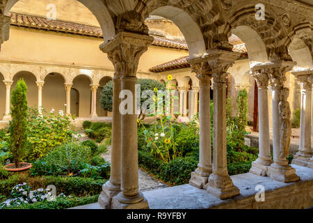 St. Sauveur cloister at the Cathedral in Aix-en-Provence, hidden gems in France - Stock Image