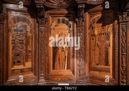 Italy Emilia Romagna Parma Museum Pole of the Pilotta -national Gallery -West wing- works from the Middle Ages up to the Renaissance - wooden throne from the Parma Baptistery by Bernardino Cristoforo Canozi Called Da Lendinara - 1494 - Stock Image