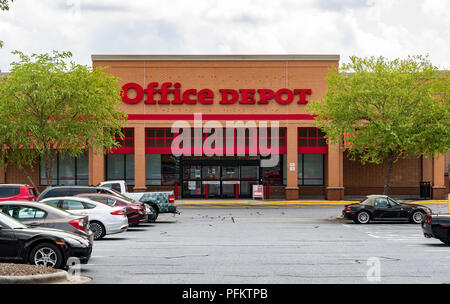 HICKORY, NC, USA-20 AUG 2018: An Office Depot storefront., selling office supplies, furniture, and computers. - Stock Image