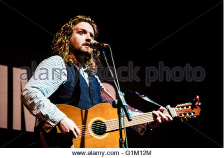 Southport, England UK. 14th May 2016. Will Varley A folk singer from Kingston supporting Scottish band The Proclaimers - Stock Image