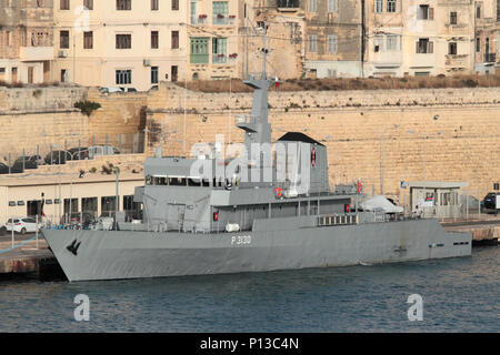 The Kenyan Navy patrol vessel KMS Shujaa (P3130) in Malta's Grand Harbour - Stock Image