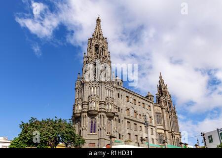 The gothic parish church tower of San Juan Bautista, Arucas Gran Canaria - Stock Image