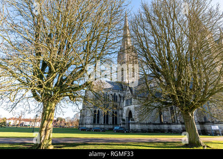 Salisbury, Wiltshire, UK. 30th January 2019. A funeral takes place at Salisbury cathedral. Salisbury is quieter than normal as the aftermath of the Novichok attacks affects visitor numbers. Credit: Thomas Faull/Alamy Live News - Stock Image