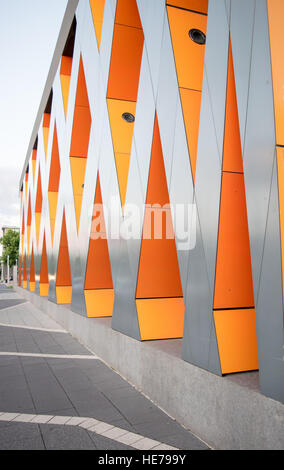 A very contemporary facade on the new library in the small town of Albury, Australia. - Stock Image