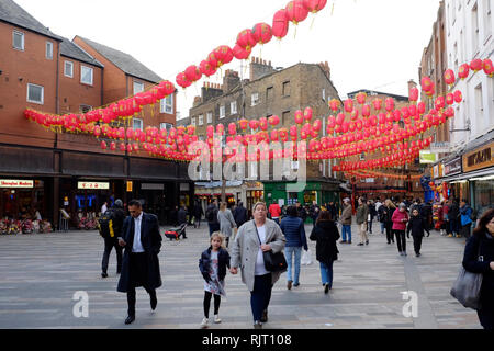 London, UK. 7th Feb, 2019. Preparations at the London China Town to celebrate the year of the pig, which will take place on Sunday the 10th. Credit: Yanice Idir/Alamy Live News - Stock Image