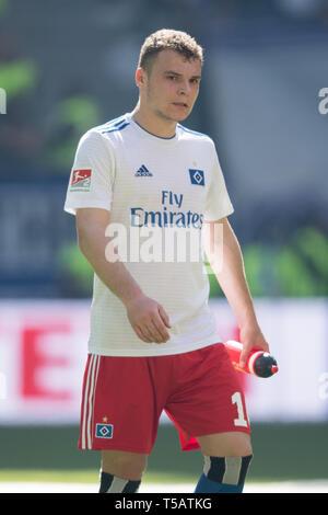Vasilije JANJICIC (HH) is disappointed, disappointed, disappointed, disappointed, sad, frustrated, frustrated, late-rate, half figure, half figure, upright, Soccer 2. Bundesliga, 30. matchday, Hamburg Hamburg Hamburg (HH) - FC Erzgebirge Aue AUE) 1: 1, on 20.04.2019 in Hamburg/Germany. ¬ | usage worldwide - Stock Image