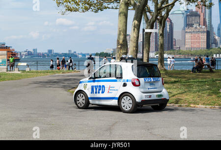 NYPD (New York Police Department) Smart Car (ForTwo) on patrol on Governors Island, New York City, USA - Stock Image