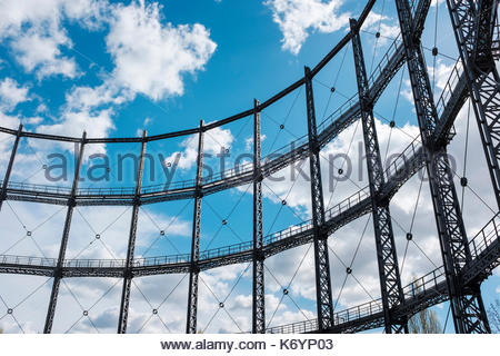 Steel frame of a gasometer (gas holder) from the former Gaswerks Mariendorf (Mariendorf Gas Works), built between 1900 und 1901, Berlin, Germany. - Stock Image