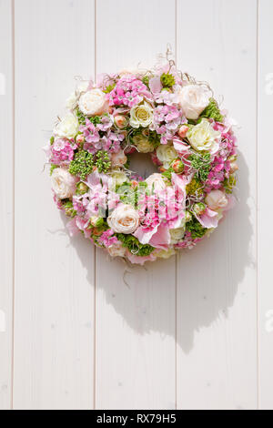 botany, roses and violet, wreath decoration, Additional-Rights-Clearance-Info-Not-Available - Stock Image