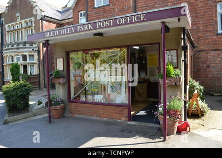 Bletchley Park Post Office in 2014. Near Milton Keynes, Buckinghamshire, UK. The Post Office is now closed. - Stock Image