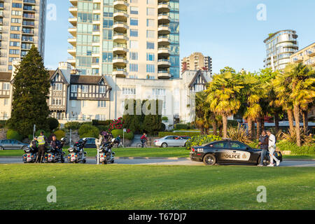 VANCOUVER, BC, CANADA - APR 20, 2019: A Vancouver Police officers patrolling the crowd at the 420 festival in Vancouver. - Stock Image