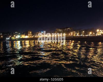 Coogee Beach at night - Stock Image