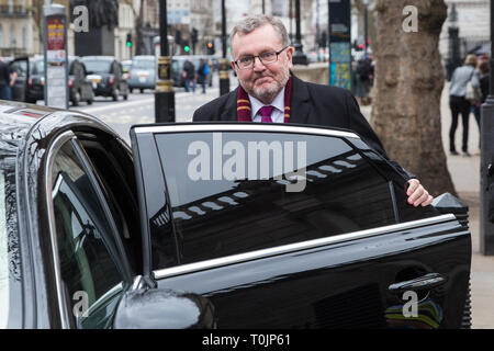 London, UK. 20th March, 2019. David Mundell MP, Secretary of State for Scotland, leaves Dover House in Whitehall. Credit: Mark Kerrison/Alamy Live News - Stock Image