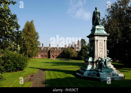 Statue of William Gladstone in the grounds of Gladstones Library in Hawarden North Wales UK - Stock Image
