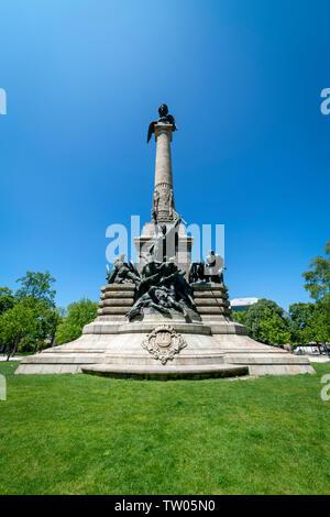 Rotunda Da Boavista, Praça de Mouzinho de Albuquerque, central square and park in Porto. - Stock Image