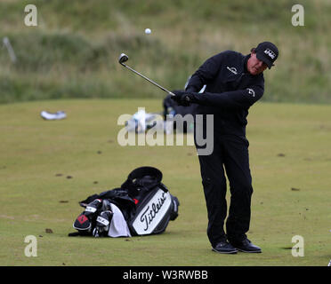 Portrush, Country Antrim, Northern Ireland. 17th July, 2019. The 148th Open Golf Championship, Royal Portrush Golf Club, Practice day; Phil Mickelson (USA) practices a greenside flop shot Credit: Action Plus Sports Images/Alamy Live News - Stock Image