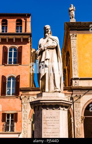 Statue of Dante near Piazza delle Erbe in Verona, Italy - Stock Image
