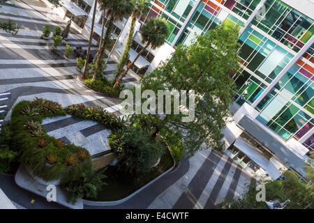 Lincoln Road Mall Pedestrian Road, cinema facade, pavers, planters and water features viewed from 1111 Lincoln Road - Stock Image