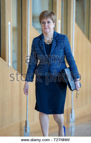 Edinburgh, UK. 4th April, 2019.  First Minister of Scotland Nicola Sturgeon arriving for First Ministers Questions in the Scottish Parliament. Credit: Roger Gaisford/Alamy Live News - Stock Image