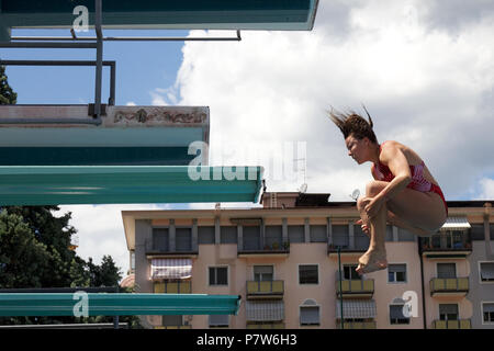 Bolzano, Italy. 07th, Jul 2018. Maccool Ashley from Canada competes in the Women's 3m Springboard Diving Semi-Final on day two at Bolzano Lido, during 24th FINA Diving Grand Prix in Bolzano, Italy, 07 July 2018. (PHOTO) Alejandro Sala/Alamy Live News - Stock Image