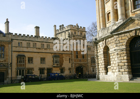 Brasenose College and the Radcliffe Camera, Oxford University, Oxford, Oxfordshire, UK. - Stock Image