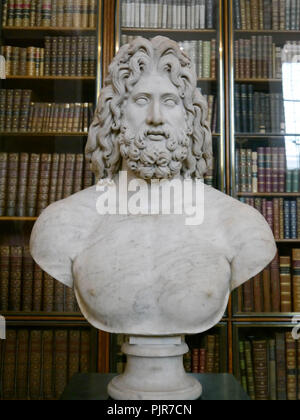 A bust of the Roman Gos zeus, from the second century AD, on display at the British museum, London - Stock Image