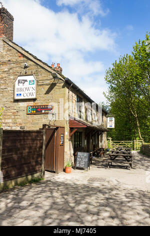 The Brown Cow pub in Burrs Country Park,  Bury, Greater Manchester. - Stock Image