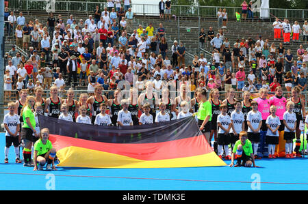 Krefeld, Germany, June 16 2019, hockey, women, FIH Pro League, Germany vs. Australia:  Players of Germany stand behind the national flag. - Stock Image