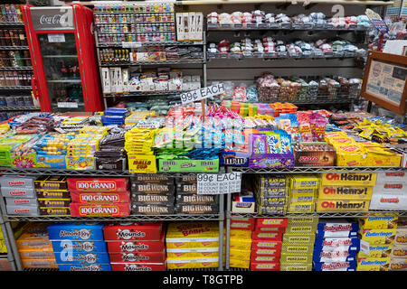 A huge variety of candies including nostalgic brands for sale at ECONOMY CANDY on Rivington Street on the lower east side of Manhattan, New York City - Stock Image