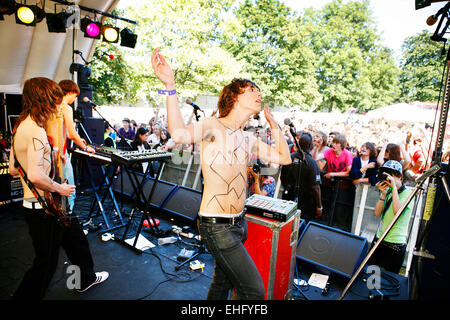 Late of the Pier live at Underage Festival in Victoria Park London. - Stock Image