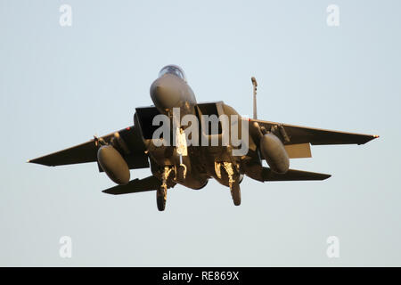 493rd Fighter Squadron F-15C caught nose on landing at RAF Lakenheath. - Stock Image