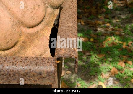 broke broken cotta metal old planters pots rust shattered steel terra terracotta time weathered - Stock Image