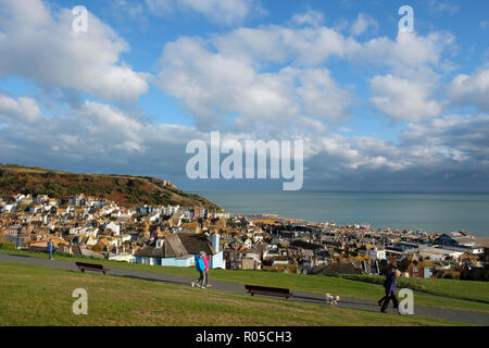Hastings, West Hill overlooking the Old Town and the sea - Stock Image