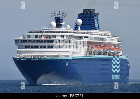 Pullmantur's Zenith inbound for Kiel - Stock Image