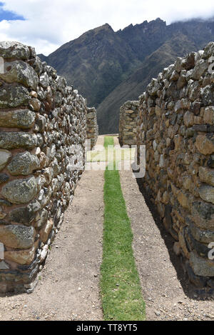 The Inca ruins of Patallacta and Llactapata on Day 1 of the Inca Trail to Machu Picchu - Stock Image