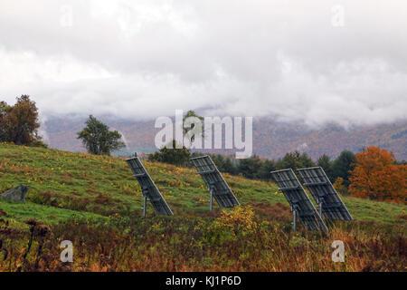 Solar farm, Waterbury, VT, USA - Stock Image
