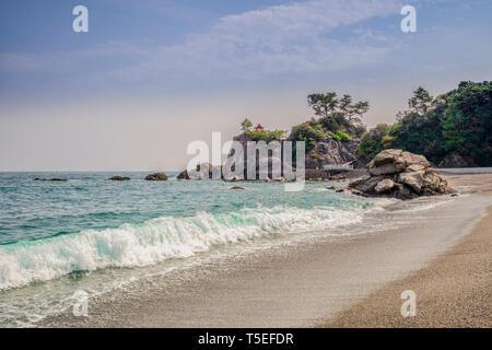 Katsurahama Beach and Ryuogu Shrine, Kochi, Japan - Stock Image