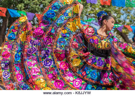 A dance group celebrating Mexico Independence day in Mesilla, New Mexico - Stock Image