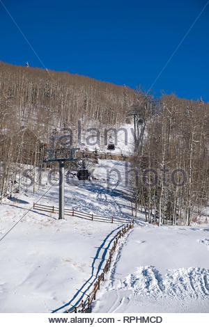 Free Gondola is free public transportation system connecting Mountain Village with the town of Telluride, Mountain Village, San Miguel County, Colorad - Stock Image