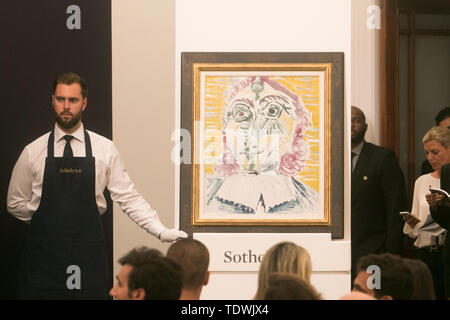 London UK. 19th June 2019. 'Mousquetaire buste'  by Pablo Picasso, oil on canvas , Estimate £1,800,000 which sold at hammer for £1,750,000  at the Impressionist & Modern Art Evening Auction  at Sotheby's London Credit: amer ghazzal/Alamy Live News - Stock Image