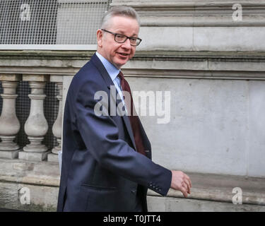 Westminster, London, UK. 20th Mar, 2019. Michael Gove MP, Secretary of State for Environment, Food and Rural Affairs. Entering Downing Street. Credit: Imageplotter/Alamy Live News - Stock Image