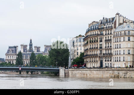 Flood, ile de St. Louis, Paris, 2016 - Stock Image