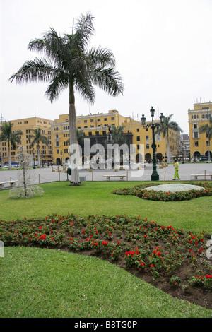 Headquarters of the Caretas Magazine, Plaza Mayor or Plaza de Armas, Lima, Peru - Stock Image