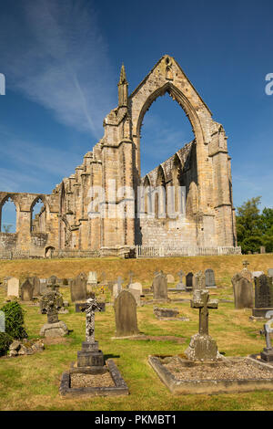 UK, Yorkshire, Wharfedale, Bolton Abbey, ruins of 1154 Augustinian Priory from graveyard - Stock Image