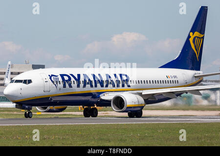 Ryanair Boeing 737-800, registration EI-DPD, preparing for take off from Manchester Airport, England. - Stock Image