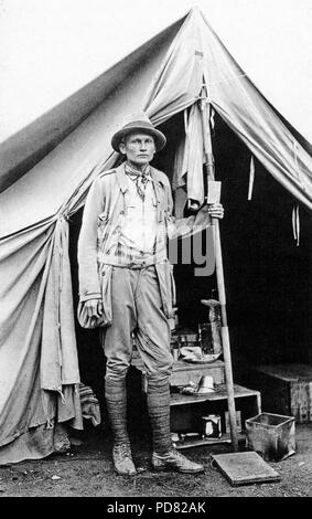 Hiram Bingham III, the archaeologist who first dug the Andean Inca city of Machu Picchu, here on his second expedition of 1912 - Stock Image