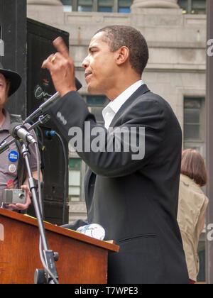 Illinois State Senator Barack Obama speaking at anti war protest. Chicago 3-16-2003. - Stock Image