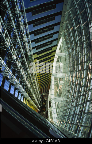 The interior of the Jumeirah Emirates Tower along Sheikh Zayed Road in Dubai, United Arab Emirates. - Stock Image