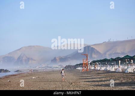 Early Morning at the beach at Club Regatas Lima at San Antonio - Stock Image