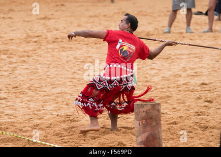 Palmas, Brazil. 27th Oct, 2015. A contestant from French Guiana throws the lance at the International Indigenous - Stock Image